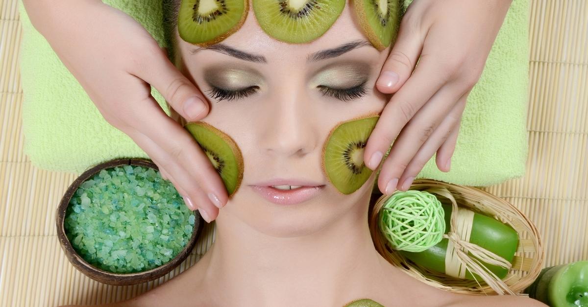 Zöldséget és gyümölcsöt az arcra!
